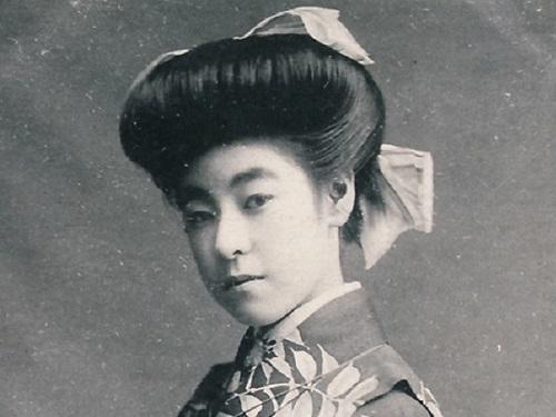 明治時代の髪型2<br>前髪の変化、廂髪の登場と二百三高地髷